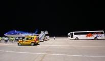 Azerbaycan dan 105 kişilik yardım ekibi geldi
