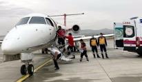 Kalp hastası iki bebek ambulans uçakla sevk edildi