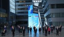 NATO zirvesi aile fotoğrafı video