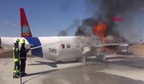 Tatbikat için yakılan uçak paniğe neden oldu video