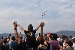 İzmir'de Türk Pilotları nefes kesti #video