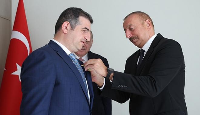 Aliyev\'den Bayraktar\'a \'Karabağ Nişanı\'#video