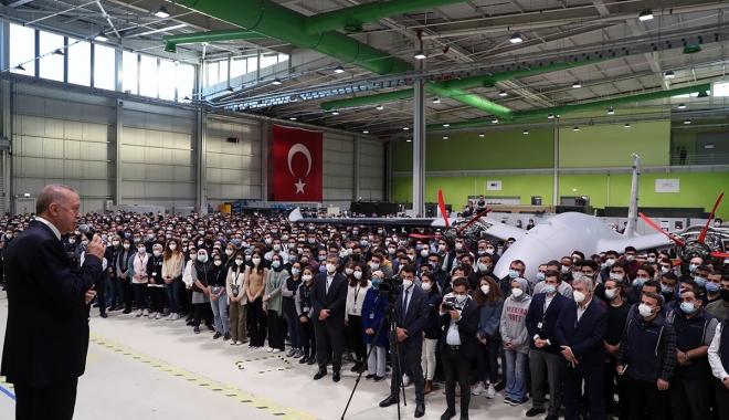 Cumhurbaşkanı Erdoğan BAYKAR fabrikasında #video