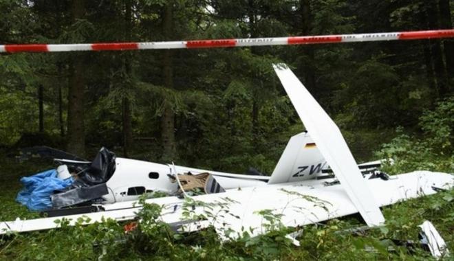 Fransa\'da uçak düştü: 4 ölü