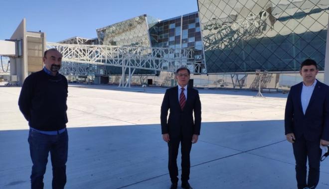 Kıbrıs'ın en büyük havalimanı olacak(video)