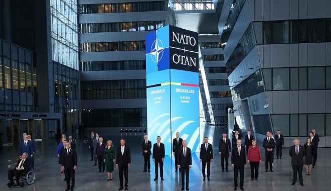 NATO zirvesi aile fotoğrafı...video